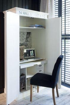 Szafa z biurkiem Wall Street Computer Cabinet 105x55x200 cm