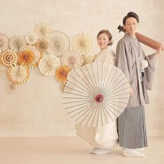 Wedding Poses, Diy Wedding, Beautiful Love Images, Love Wallpapers Romantic, Traditional Wedding Attire, Kimono Japan, Wedding Kimono, Japanese Wedding, Japanese Culture