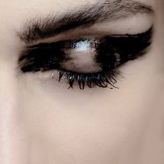 maccosmetics:  M∙A∙C Backstage at Ann Demeulemeester, SS15 Paris...