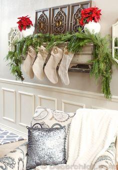 Christmas Vignette via Decor Chick Fireplace Mantel Christmas Decorations, Christmas Mantels, Christmas Themes, Christmas Stockings, Christmas Holidays, Christmas Crafts, Mantle, Christmas Vignette, Mantel Shelf