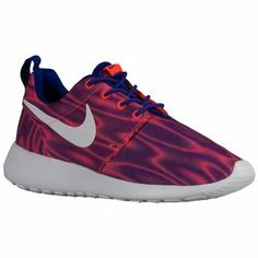 new arrivals 223a9 5ec9f 58 Best Nike Roshe One - Woman s images   Foot locker, Girls sneakers,  Ladies sports trainers