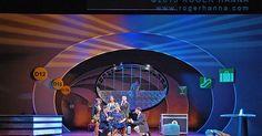 Flight. Mannes Opera - Flight. Mannes Opera. Scenic design by Roger Hanna. --- #Theaterkompass #Theater #Theatre #Schauspiel #Tanztheater #Ballett #Oper #Musiktheater #Bühnenbau #Bühnenbild #Scénographie #Bühne #Stage #Set