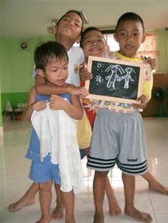 SussiLi by Sweden: Vi söker efter flera som kan vara med på olika sätt i projekt Thailand, hjälpa de utsatta barnen!!!