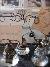 Beautiful New Use for Old Doorknobs - Turn into Photo Holders!