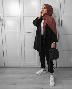 - - Source by outfits hijab Modern Hijab Fashion, Street Hijab Fashion, Hijab Fashion Inspiration, Muslim Fashion, Mode Inspiration, Modest Fashion, Modest Outfits Muslim, Fashion Ideas, Fashion Trends