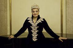 Soprano Elisabete Matos actuou no Grande Teatro Nacional da China. A soprano portuguesa Elisabete Matos cantou no sábado à noite no Grande Teatro Nacional da China, em Pequim, interpretando o principal papel feminino da ópera Turandot, de Puccini.