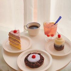 Candy Recipes, Sweet Recipes, Dessert Recipes, Kefir Recipes, Good Food, Yummy Food, Cute Desserts, Cafe Food, Aesthetic Food