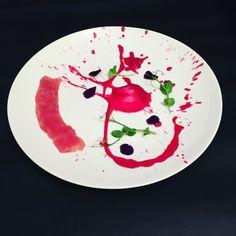 סשימי טונה אדומה וקרם סלק Red tuna sashimi and beet...