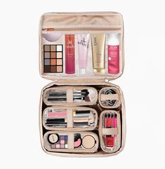 Diva Makeup Case - Lotus Our Diva Makeup Case is the ultimate organizer for all your cosmetics and beauty essentials. This travel makeup bag is perfect for home and travel. The sleek Diva Makeup Case has 5 individual removable cases ideal Make Makeup, Makeup Case, Makeup Tools, Makeup Brushes, Hd Makeup, Beauty Essentials, Magical Makeup, Beauty Case, Lotus