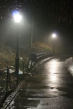 Rain by the street light