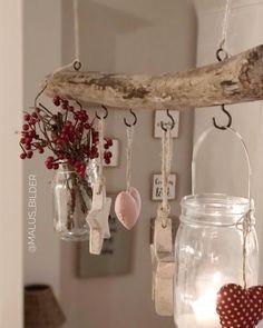 Ihr Lieben ❤ Geht es euch im Moment auch so dass es so viele schöne, einfallsreiche und inspirierenden Einfälle und Ideen zu Weihnachten… Wood Crafts, Diy And Crafts, Christmas Crafts, Christmas Decorations, Deco Nature, Diy Casa, Rustic Furniture, Diy Home Decor, Projects To Try