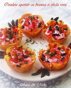 Roasted Bell Peppers with Vegetable Rice Stuffing New Recipes, Cooking Recipes, Favorite Recipes, Healthy Recipes, Cooking Tips, Vegetable Recipes, Recipies, Leftover Meatloaf, Rice Stuffing