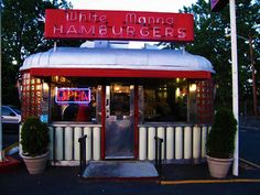 I wish we still had these old diners!