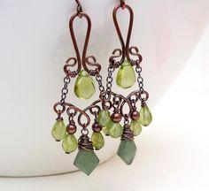 Copper dangle earrings Peridot earrings par CreativityJewellery, $75,00