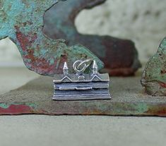 Vintage Silver Tone Horseshoe and Horse Tie Tack Costume Jewelry Retro Kentucky Derby Churchill Downs Triple Crown Racing Men/'s Tie Tac Pin