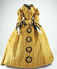 Dress, ca. 1863; MMA C.I.46.96a, b