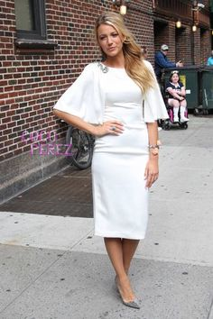 blake-lively-the-late-show-with-david-letterman-white-dress.jpg
