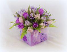 Вазы, кашпо, шкатулки | 77 фотографий Big Flowers, My Flower, Paper Flowers, Chocolates, Church Flower Arrangements, Sweet Box, Quilling Flowers, Chocolate Bouquet, Candy Bouquet