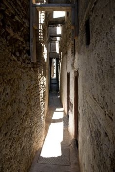 Fez - Edinburgh could learn a thing or two about narrow streets from this place... | por Daveybot