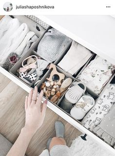 Baby Nursery Organization Closet Drawers Ideas For 2019 You are in the right place about boy nurseries airplane Here we offer you the most beautiful pictures about the boy nurseries rug you are lo Baby Boy Rooms, Baby Boy Nurseries, Baby Cribs, Nursery Dresser Organization, Baby Zimmer, Getting Ready For Baby, Baby Room Decor, Nursery Room, Bedroom