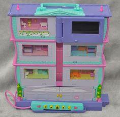 Rare Mattel Pixel Chix Roomies Computer Play 3 storey House Handheld Toy 2006 #Mattel