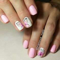 Butterfly nail art designs are loved by women because of its cute, colorful, beautiful patterns and symbolic significance, or simply because the design of butterfly nails has produced attractive effects on nails. Diy Nails, Cute Nails, Pretty Nails, Nail Nail, Nail Polish, Nail Art Design Gallery, Best Nail Art Designs, Spring Nails, Summer Nails