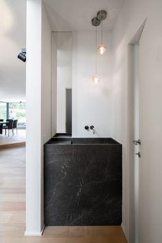 Restroom Design, Bathroom Interior Design, Modern Interior Design, Minimalist Bathroom, Modern Bathroom, Small Bathroom, Bathrooms, Interior Exterior, Interior Architecture