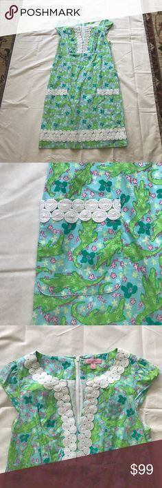 Green Alligator Lilly Shift 💚 So stinkin cute for summer!! This rare alligator print shift is in EUC. I bought it for myself but it runs a little big. How adorable are you going to look at the farmers market with this cutie on?! Make me an offer and make this yours today! ☺️ Lilly Pulitzer Dresses