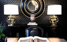 Black and gold is one of the most timeless, luxurious and striking colour combinations a modern interior can have. Boca do Lobo presents you some interior design ideas, according to some of best pieces of gold and black furniture. Monochrome Interior, Gold Interior, Interior Design, Black Gold Decor, Black White Gold, Solid Black, B&w Wallpaper, Black Wallpaper, Asian Wallpaper