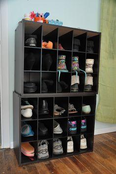 Wine Rack turns into a Shoe Rack Small Bathtub, Bridal Shower Centerpieces, Pallet Shelves, Helium Balloons, Quality Diamonds, Diy Garden Decor, Indoor Outdoor Rugs, Colored Diamonds, Wine Rack