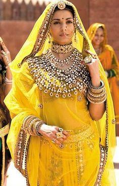 Bollywood Actress Aishwarya Rai in Jodha Akbar Yellow Saree