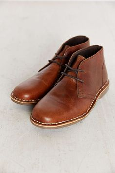 Shop UO Leather Desert Boot at Urban Outfitters today. Chukka Sneakers, Brogues, Leather Sneakers, Leather Men, Brown Leather, Your Shoes, Men's Shoes, Shoe Boots, Man Boots