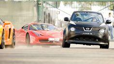 Nissan Juke-R doing a Ferrari!