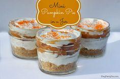 Mini Pumpkin Pie in a Jar from playpartypin.com #pumpkin #pie #thanksgiving #jar