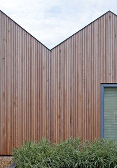 CLADDING - Home has four consecutive roof pitches clad in vertical Siberian larch; Larch Cladding, Wooden Cladding, Wooden Facade, Exterior Cladding, Wood Architecture, Residential Architecture, Architecture Details, Cout Extension Maison, Vertical Siding