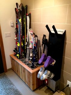 Storage Although i have never used skis, This Ski Rack and boot dryer would work perfectly for the 12 golf clubs 4 baseball bats and walking stick I have by the door. oh and the 7 pair of boots that Im constantly having to shuffle around lolz Garage Organization, Garage Storage, Storage Rack, Boot Storage, Sports Storage, Ski Rack, Ski Decor, Door Organizer, Ski Chalet