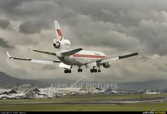 PH-MCS - Martinair Cargo McDonnell Douglas MD-11F at Quito - Mariscal Sucre | Photo ID 466644 | Airplane-Pictures.net