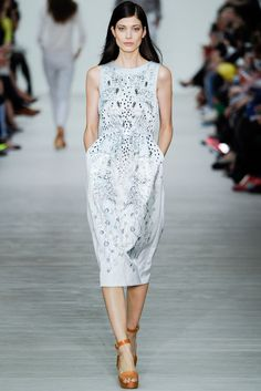 Matthew Williamson - Spring 2014 Ready-to-Wear - Look 17 of 35