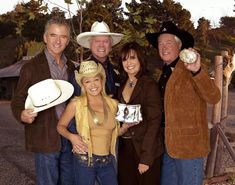 Charlene Tilton, Patrick Duffy, Larry Hagman, Linda Gray, Dysfunctional Relationships, Passed Away, Movies And Tv Shows, Cowboy Hats, Movie Tv