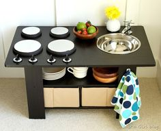 How to make a coffee table play kitchen {tutorial}. This is so cute for kids! @Justa Girl