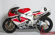 Yamaha YZF 750 Superbike Motos Yamaha, Yamaha Motorcycles, Yamaha Yzf, Ducati, Motogp Valentino Rossi, Custom Metal Fabrication, Motorcycle Art, Cafe Racer, Lamborghini Gallardo