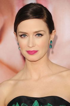 Emily Blunt - hot pink lip