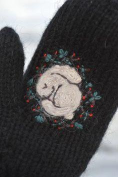 Knitting Stitches, Baby Knitting, Knitting Patterns, Crochet Animal Patterns, Stuffed Animal Patterns, Wool Embroidery, Cross Stitch Embroidery, Crochet Gifts, Knit Crochet