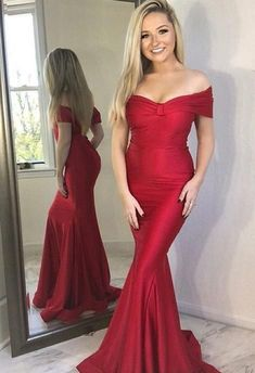 Princess Prom Dress, Mermaid Off-the-Shoulder Long Red Satin Prom Party Dress, An engrossing 2020 prom gown is usually a long flowing dress usually worn to a formal affair showing the elegant and ethereal. Winter Prom Dresses, Prom Dresses 2017, Cheap Prom Dresses, Wedding Party Dresses, Dance Dresses, Graduation Dresses, Prom Gowns, Long Dresses, Dress Party