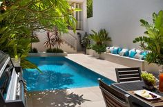 courtyard with a pool