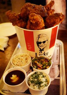 Lucky Chip : Lucky Fried Chicken @ Kentish Town in the PUB the Grafton Arms , 20 Prince of Wales Road, London, London Fish And Chips, Cute Food, Yummy Food, Chip Packaging, London Eats, Love Eat, Restaurant Recipes, Fried Chicken, Food Inspiration