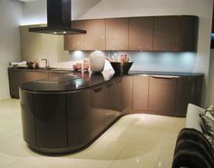 Really unique curved kitchenReally unique curved kitchen
