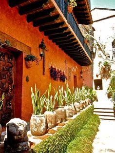 Beautiful home| Cuernavaca. Via:Esto es México