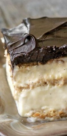 No-bake chocolate eclair cake - Everyday Dishes & DIY