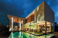 Night. Light. Home.  X11, Spagnuolo Architecture.